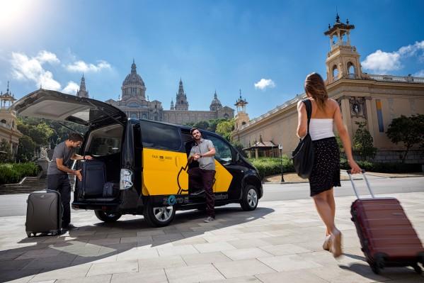 Los eTaxi de Nissan superan ya los 367.000 km libres de contaminación en España