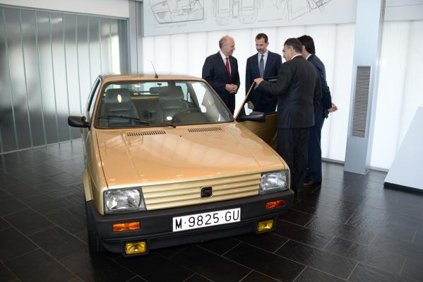 SEAT recupera y restaura el coche del Rey Felipe VI