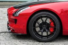El Mercedes-Benz SLS AMG GT Final Edition con Dunlop Sport Maxx Race