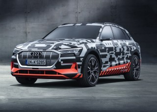 Lujo innovador el segmento superior: el Audi A6 y el Audi e-tron prototype en el Salón de Ginebra