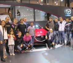 Mazda y Aldeas infantiles en el Salón del Automóvil de Madrid 2014