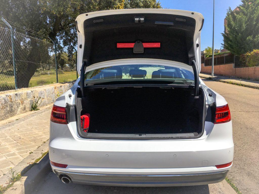 Audi A4 Maletero