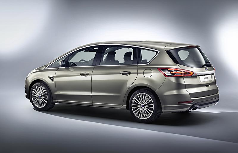 Ford-S-MAX_12