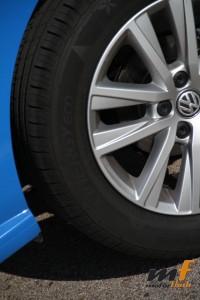 ¿Qué esperas de unos neumáticos con flores? El lastre durante la conducción deportiva.