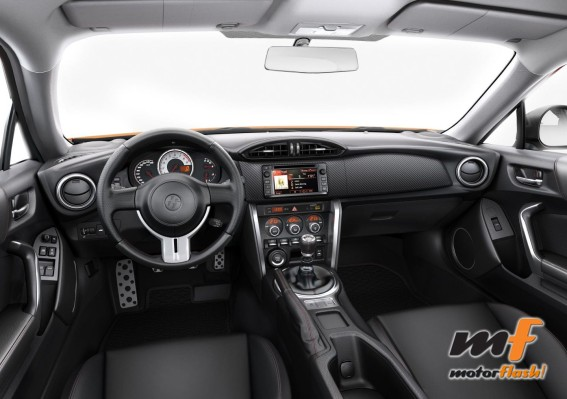 Interior_Nuevo_Toyota_GT86_fibra_de_carbono