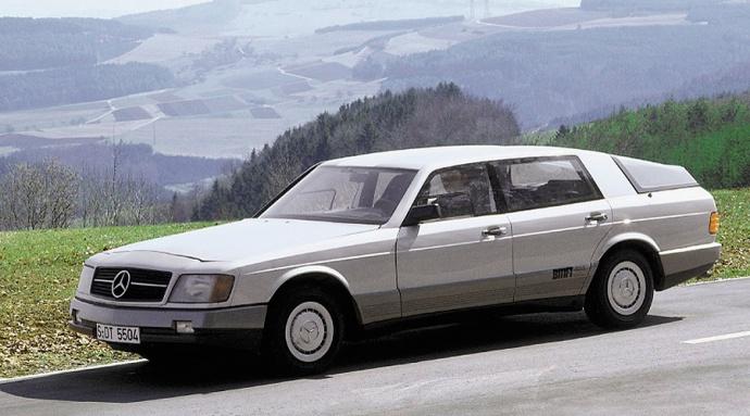 Mercedes-Benz_Auto_2000_01pop