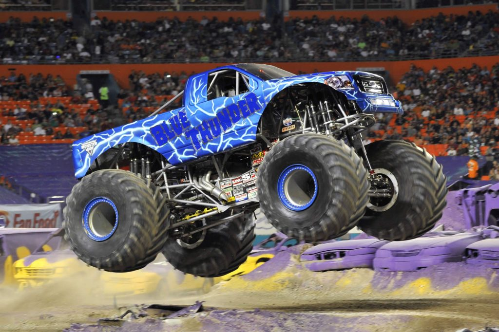 Monster Trucks - Blue Thunder