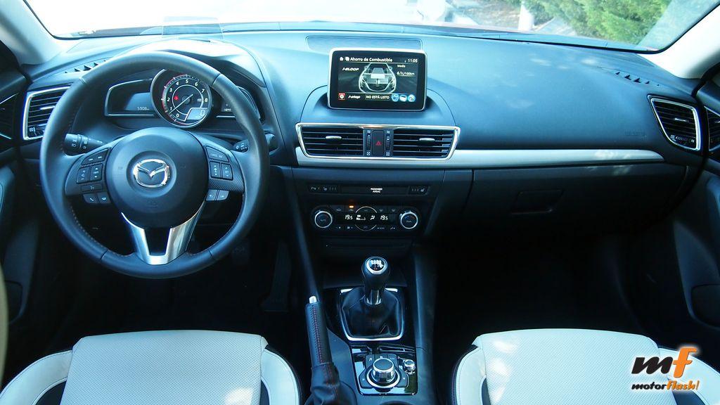 P8242324_Mazda3