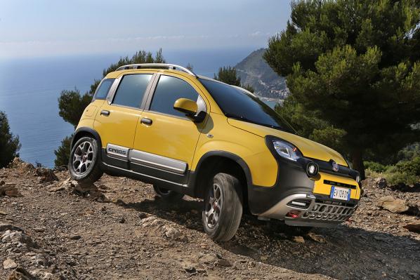 Fiat comercializa el Panda y Freemont Cross, auténticos todoterrenos.