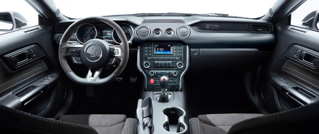 Shelby Mustang GT350 Interior