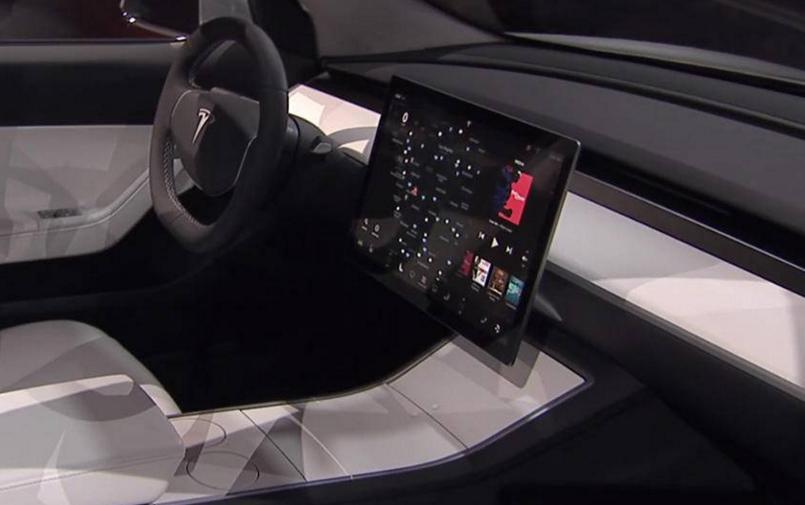 Tesla Model 3 - Adiós a los botones
