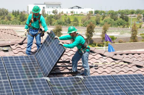 Tesla Motors quiere adquirir SolarCity.