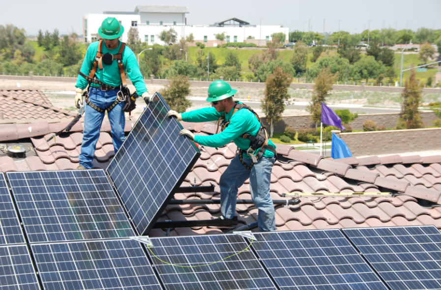 Tesla quiere adquirir SolarCity