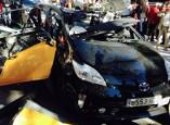 Toyota Prius estalla en Barcelona